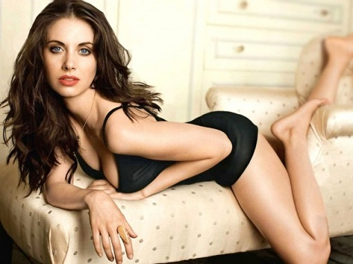Alison-Brie